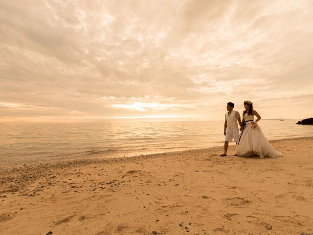 沖縄のサンセット撮影は優しい雰囲気で
