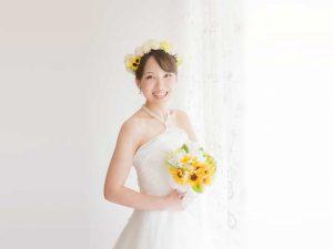 キレイな立ち姿の花嫁