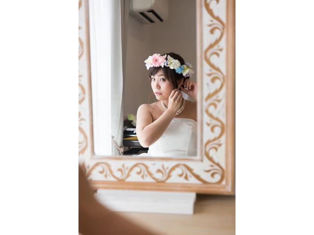 鏡越しの花嫁