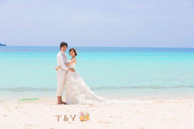 沖縄フォトウェディング先輩花嫁のふわふらプリンセスラインドレス