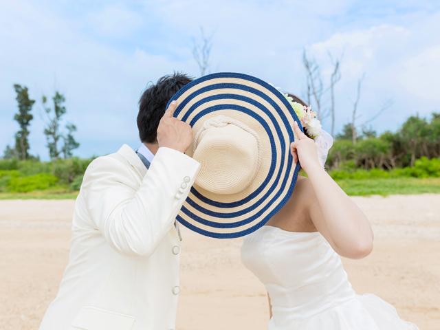 帽子で隠れキスショット