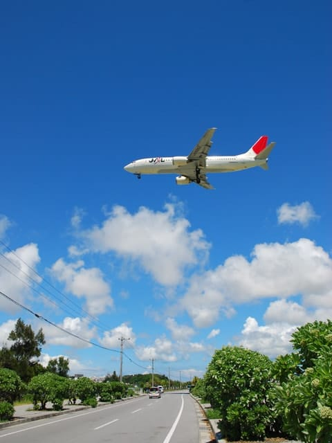 okinawa-airplane