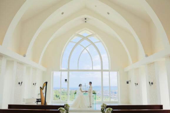 沖繩的教堂&海灘婚紗攝影方案