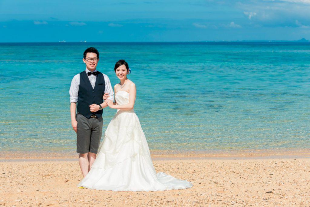 沖縄フォトウェディング先輩花嫁のAラインドレス