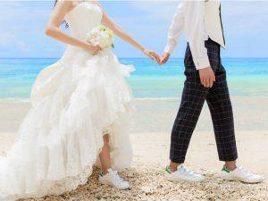 沖縄でのフォトウェディングで気になるのはやっぱりウェディングドレス