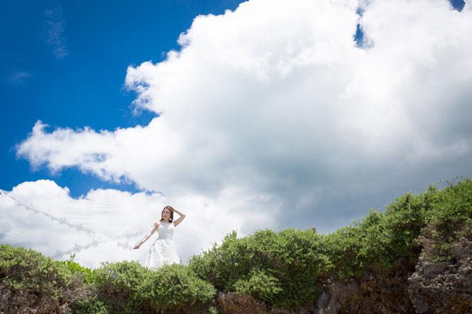 宮古島最北端にある世渡先駐車場の岩場の上で撮影