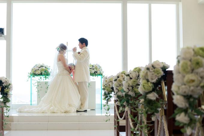 感動的な結婚式のシーンをフォトウェディングで残して