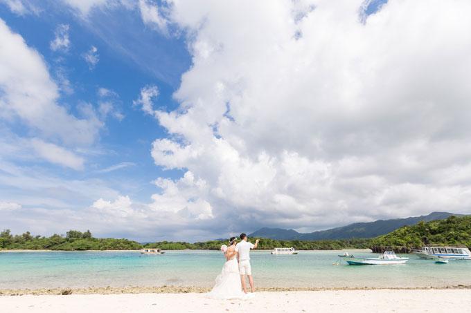 沖縄のフォトウェディングを格安で叶えるなら写真はチョイス式?