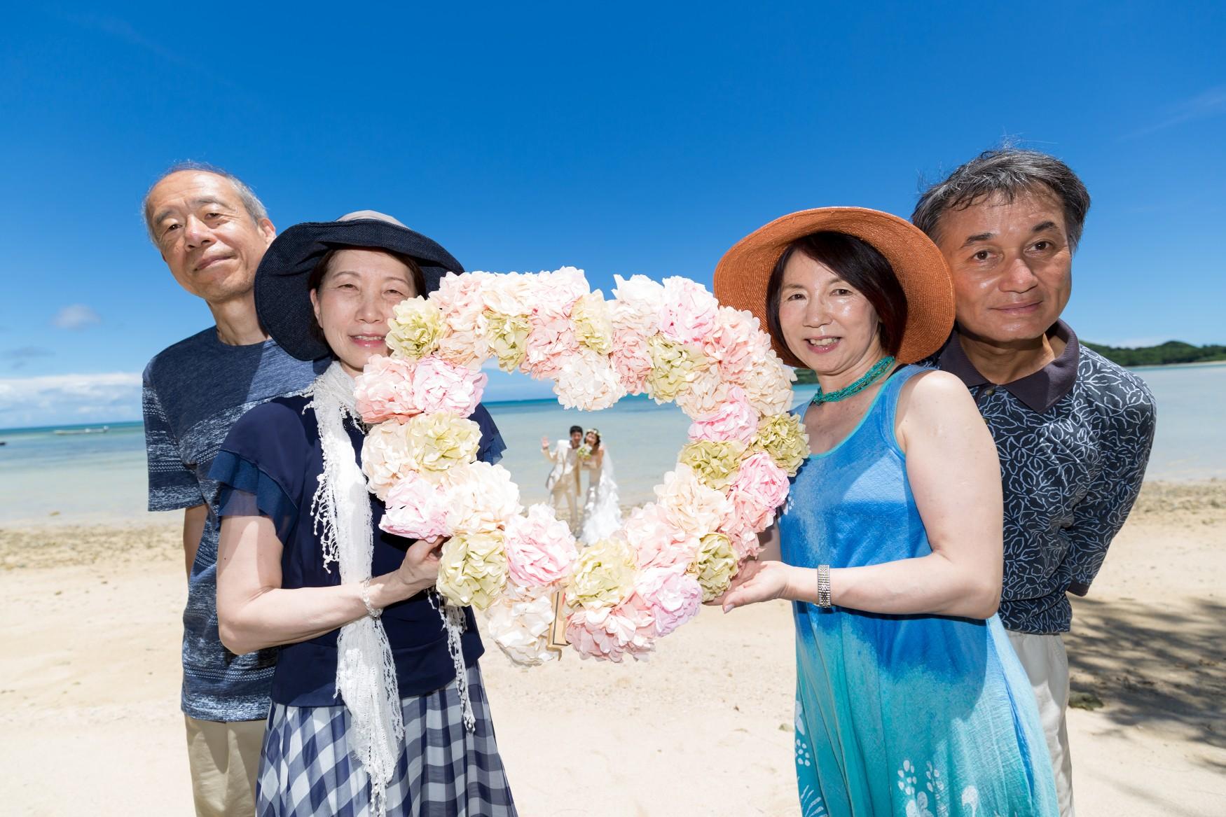 石垣島ビーチフォト 家族みんなで