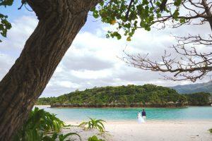石垣島ビーチフォトウェディング 川平湾の全体を写して