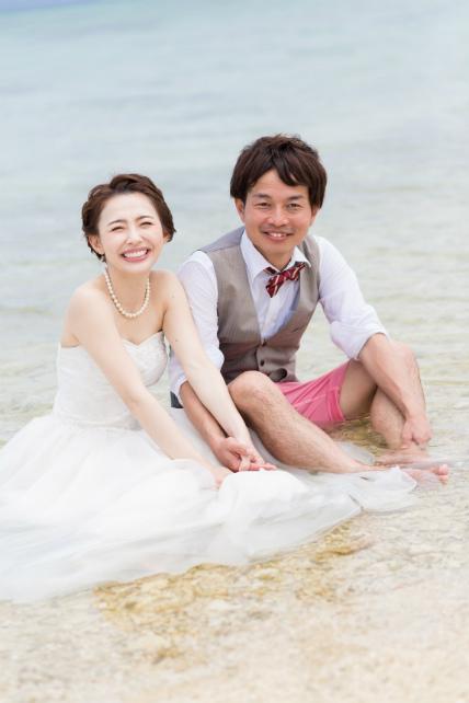 石垣島でトラッシュザドレスウェディング