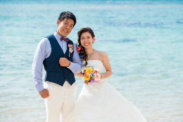 沖縄本島の穴場ビーチでフォトウェディング!