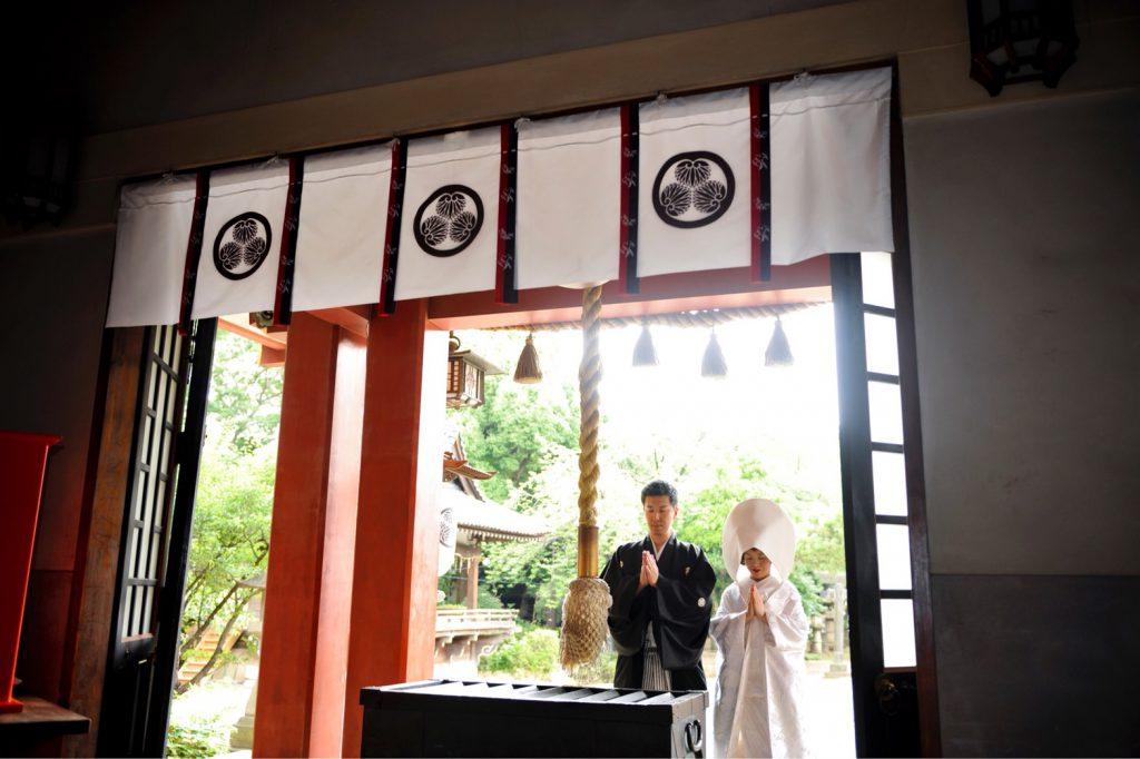 和装フォト 神社お参りシーン
