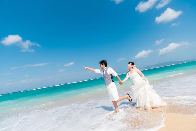 さぁトラッシュザドレス|沖縄ウェディングオンライン