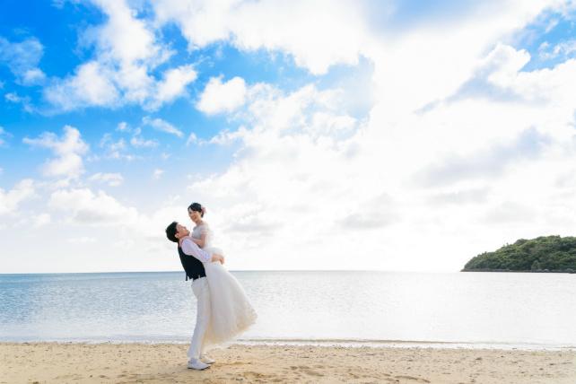 ウミカジテラス&ビーチフォトウェディングプラン~沖縄本島~