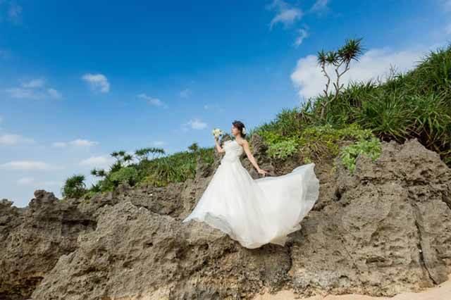 ティーヌ浜フォトウェディング|沖縄ウェディングオンライン