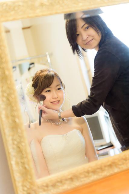 沖縄ビーチフォト「花嫁メイク」|沖縄ウェディングオンライン