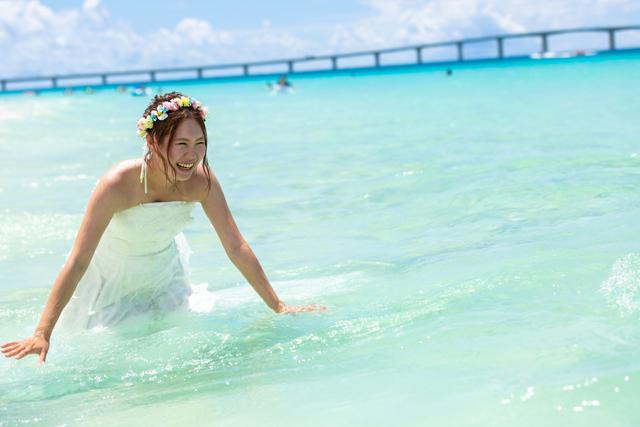 楽しい沖縄フォトウェディング|沖縄ウェディングオンライン